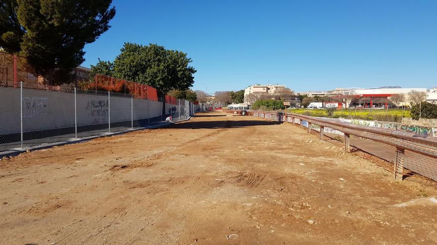 Concluye la mejora del solar entre el colegio Rafal Vell y el torrente de na Bàrbara