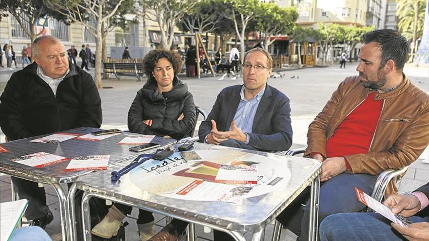 La dirección del PSPV mantiene la foto del candidato Blanch en la web