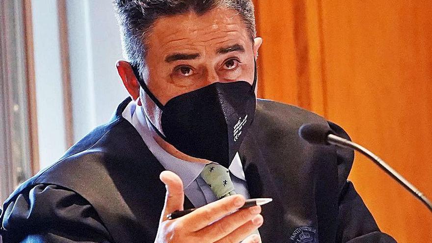 """El aduanero implicado en el alijo de cocaína del """"Karar"""" paga 25.000 euros y sale de prisión"""