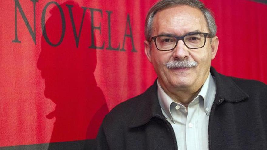 """Manuel Rico: """"La literatura no puede prescindir de la memoria"""""""