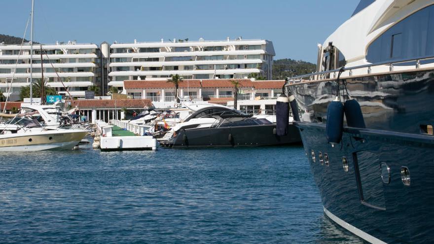 Los concesionarios de APB en Ibiza invertirán 100.000 euros en medio ambiente