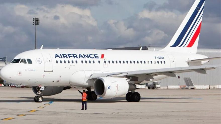 Francia, primer país en prohibir casi todos sus vuelos interiores por el cambio climático