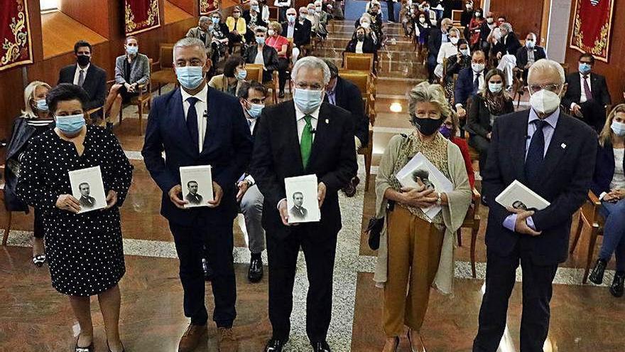 El Parlamento gallego edita una obra con los discursos de Carvalho Calero