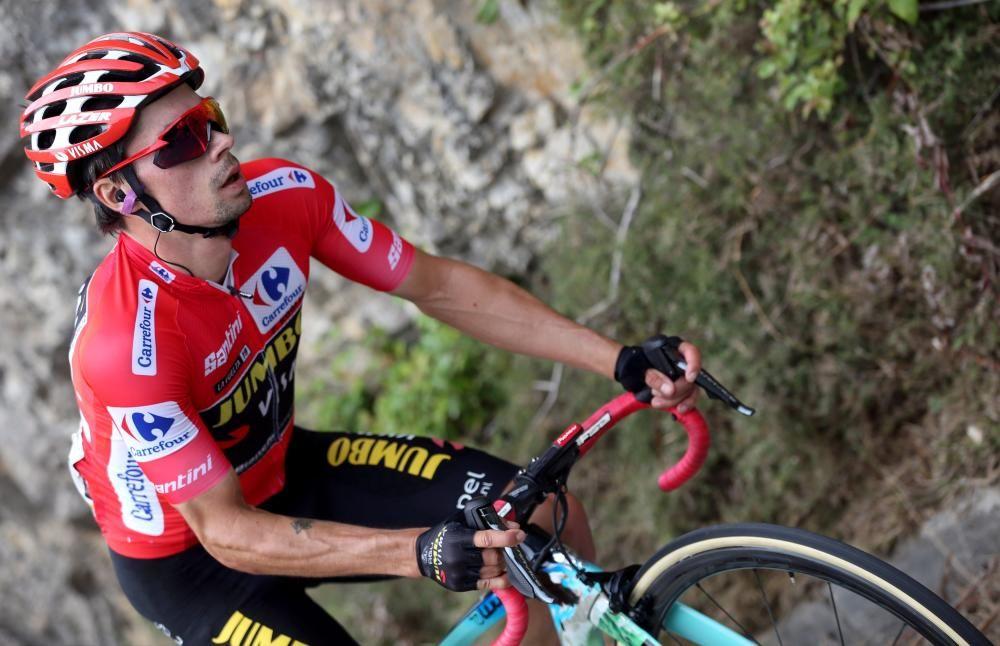 Fuglsang (Astana) ha ganado este lunes la decimosexta etapa de la Vuelta a España, disputada entre Pravia y el Alto de La Cubilla.