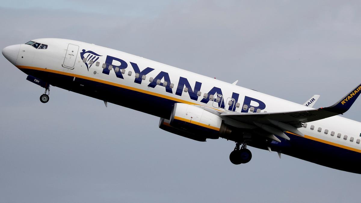 Un avión de la compañía 'low cost' Ryanair.