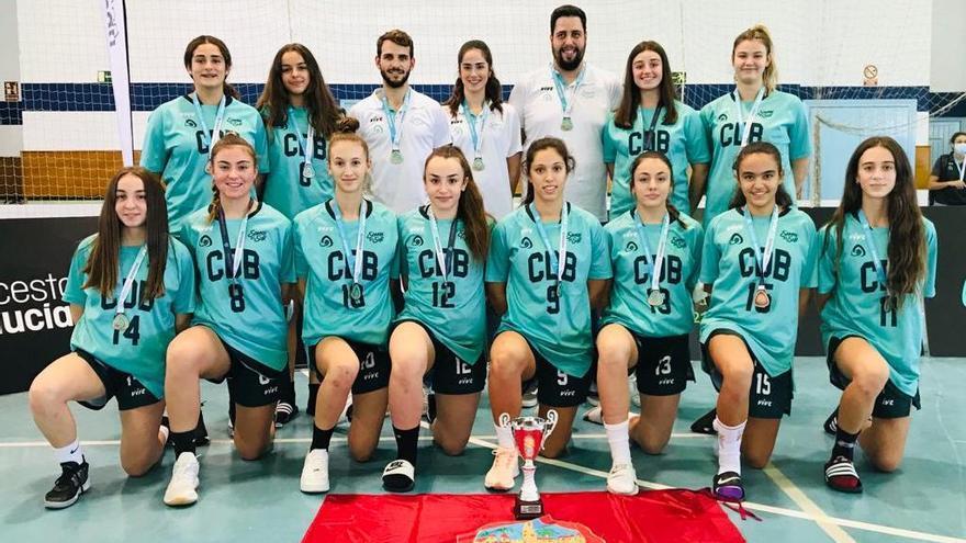 La selección cordobesa de baloncesto conquista el bronce andaluz