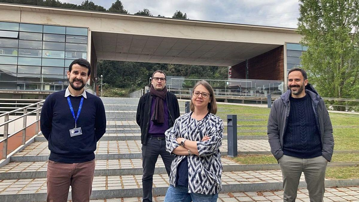 Ferran Lázaro, Dani Blasco, Andrea Bikfalvi i Josep Llach, al Parc Tecnològic de la UdG.