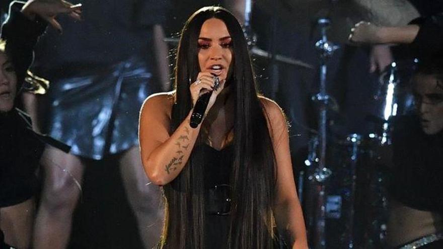 Demi Lovato sufrió tres derrames y un infarto tras su sobredosis