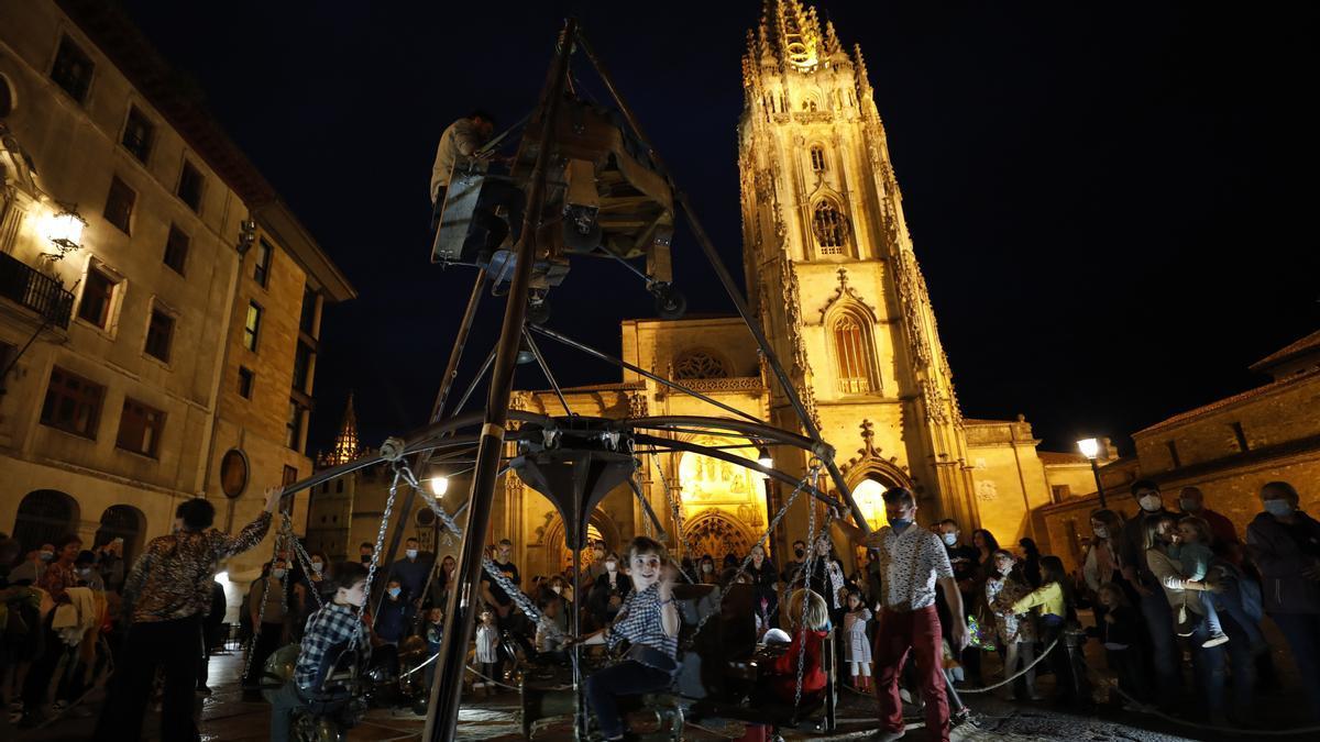 En imágenes: así fue la Noche Blanca de Oviedo 2021
