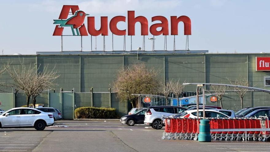 Auchan vende su filial china a Alibaba por 3.000 millones