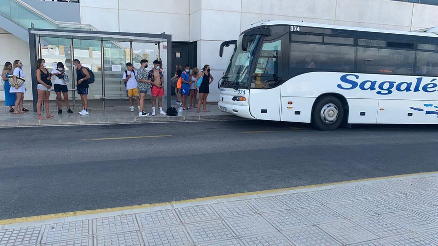 'No' a un plan de choque de transporte para Ibiza a la espera del nuevo servicio en 2023