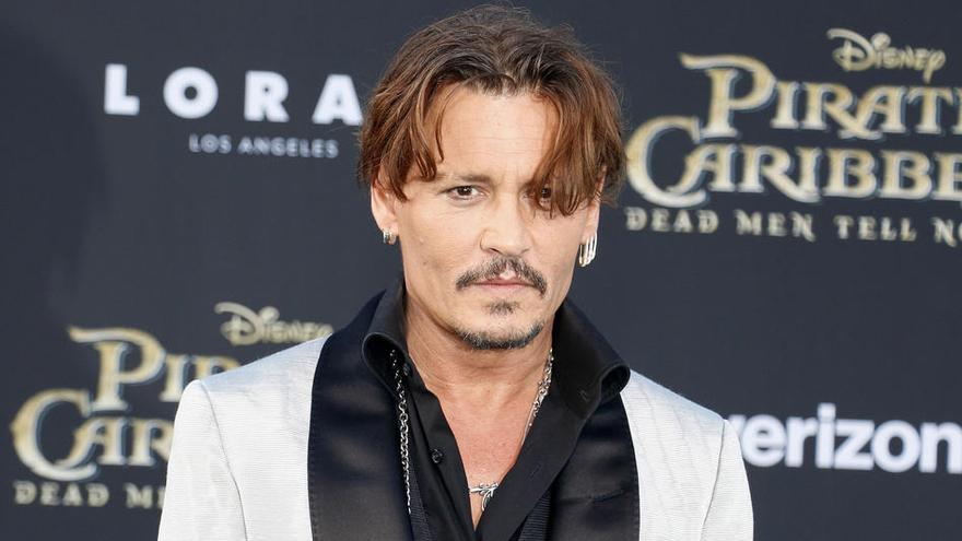 Winona Ryder y Vanessa Paradis dicen que Johnny Depp no fue violento con ellas