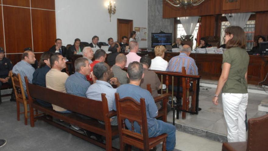 Aval del Constitucional a seis marineros absueltos tras cuatro años en prisión