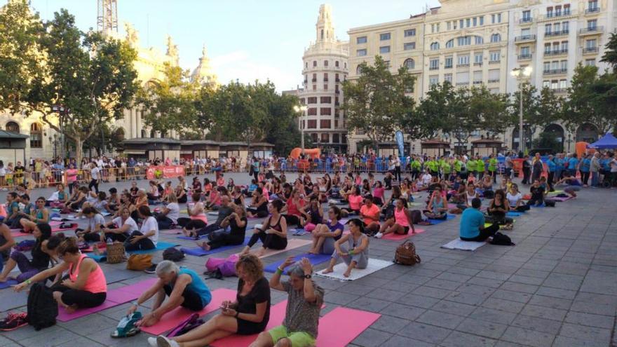 La plaza del Ayuntamiento se transforma en la tarde del deporte