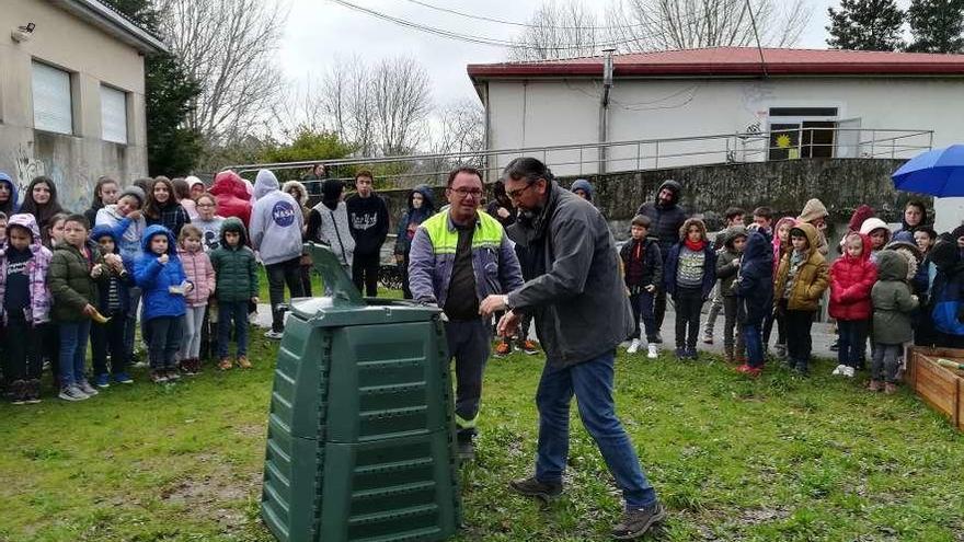 Moraña incorpora al colegio Santa Lucía al Plan de Compostaje Municipal