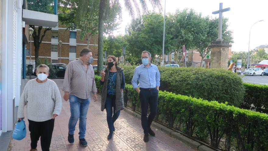 El PSOE denuncia el abandono de los equipamientos públicos y la falta de mantenimiento en Valdeolleros