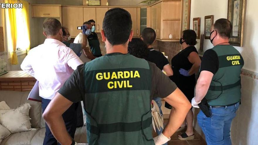 Detienen a dos hombres por el homicidio de una mujer británica en Granja de Rocamora en noviembre pasado