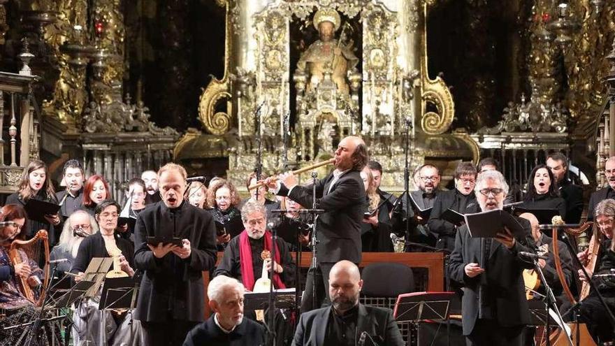 Carlos Núñez homenajea al Camino de Santiago