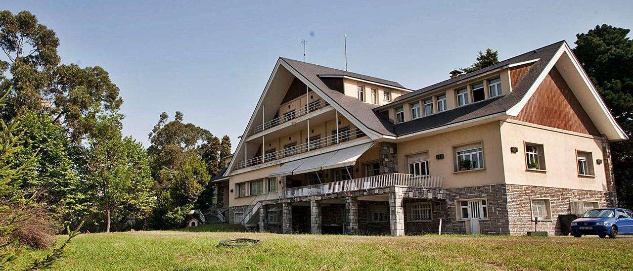 El chalé de La Granda, domicilio social de ArcelorMittal en Asturias.