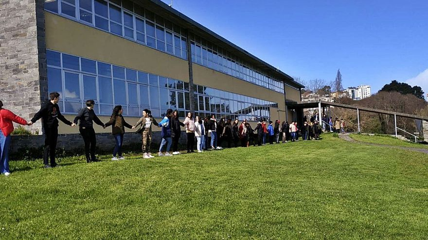 La Xunta repondrá los 40.000 euros invertidos y elevará el presupuesto del Rego de Trabe