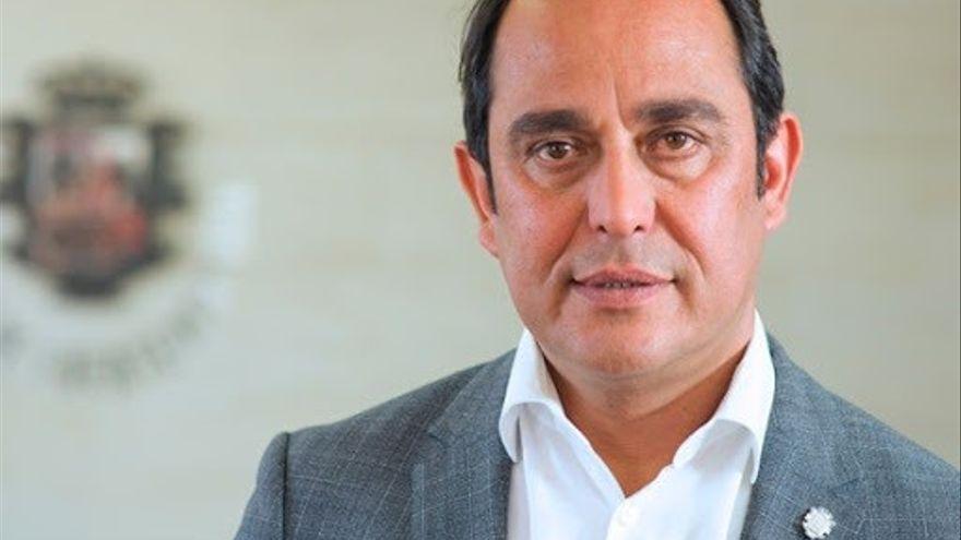 Blas Acosta renuncia a ser candidato al Senado