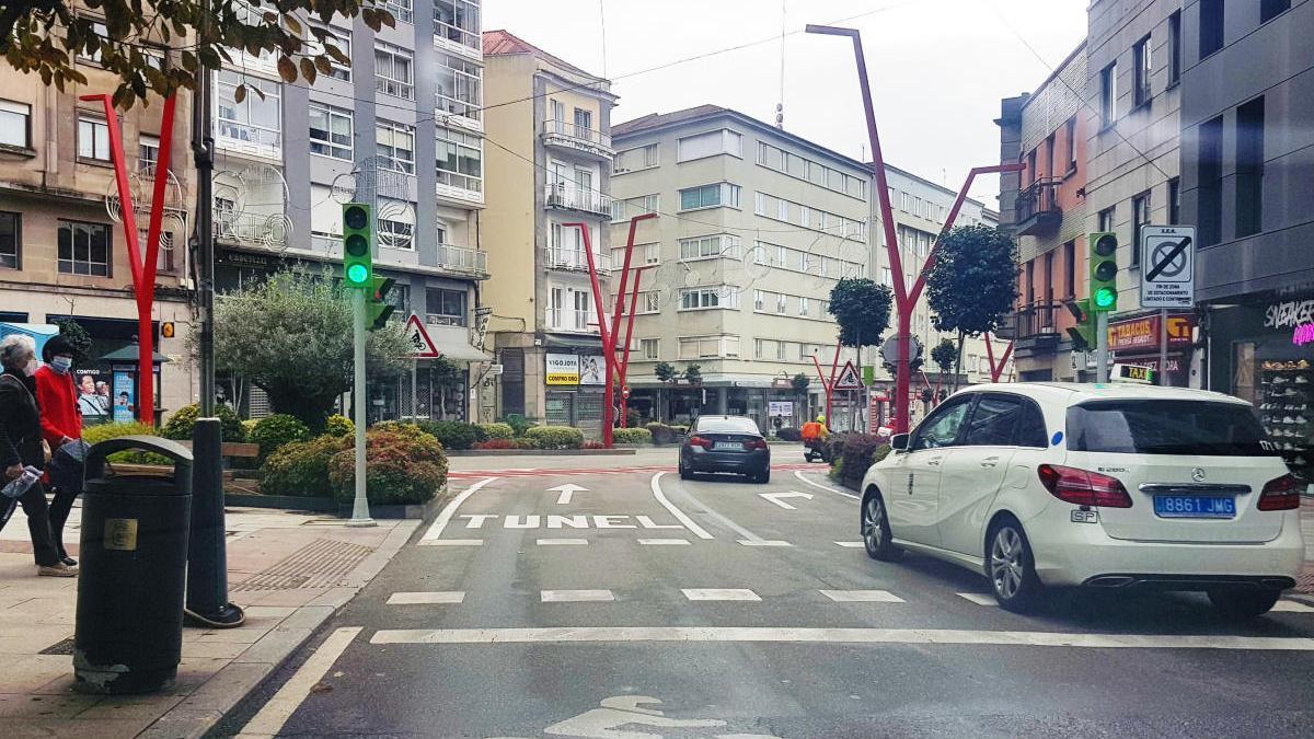 Nueva configuración del cruce entre las calles López Mora y Camelias de Vigo. // A. Blanco