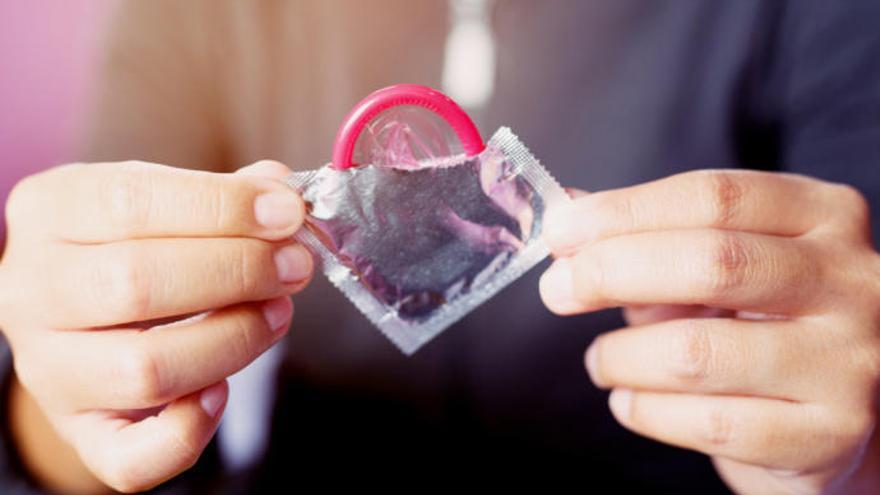 Sanidad estudia la gratuidad de los preservativos
