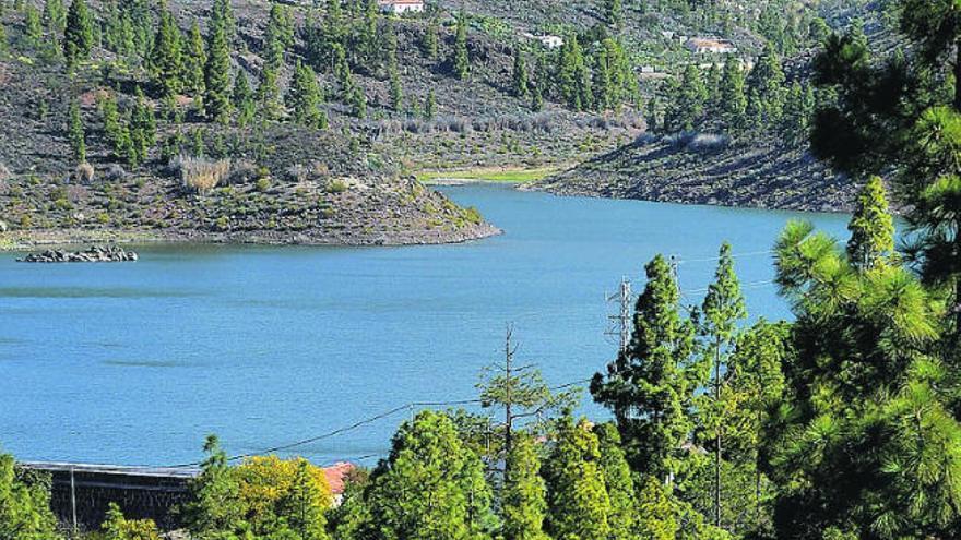 Las Islas descartan la emergencia hídrica y aceleran el plan urgente de desalación