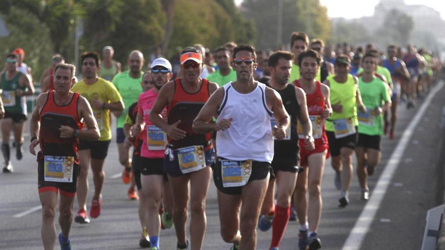 FOTOGALERÍA / Las mejores imágenes de la Media Maratón de Almodóvar del Río