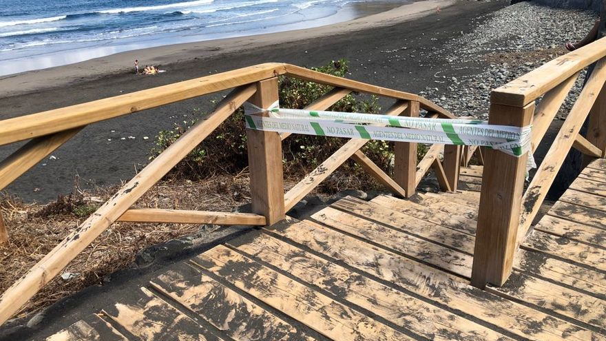 Se reabre la playa de Almáciga