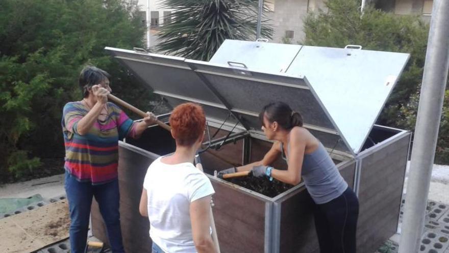 Las zonas rurales de La Palma fomentan planes de compostaje comunitario