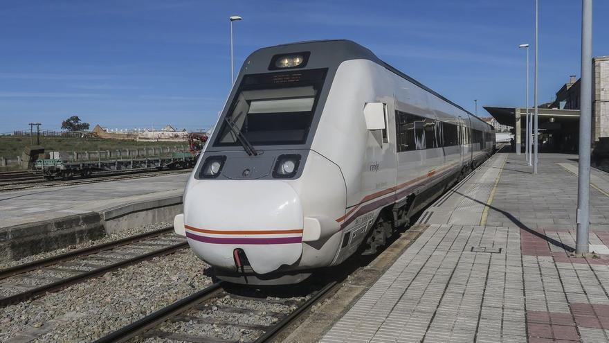 Un accidente en el trayecto del tren Madrid-Cáceres provoca retrasos en el viaje