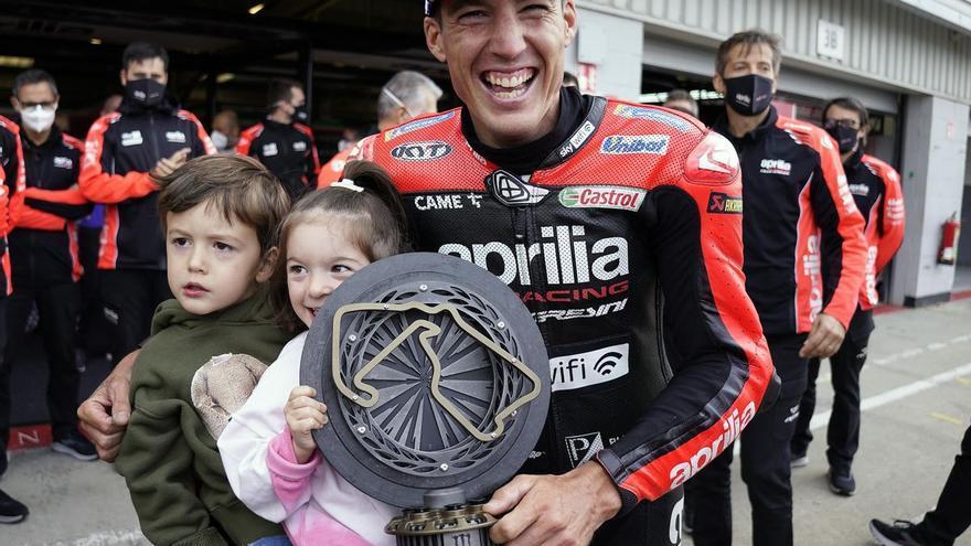 Así logró Aleix Espargaró ser el Valentino Rossi de Aprilia