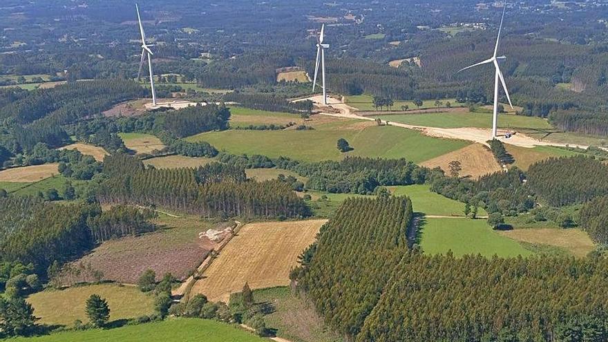 El bum eólico reaviva la industria auxiliar en Galicia y dispara un 45% el empleo en el sector