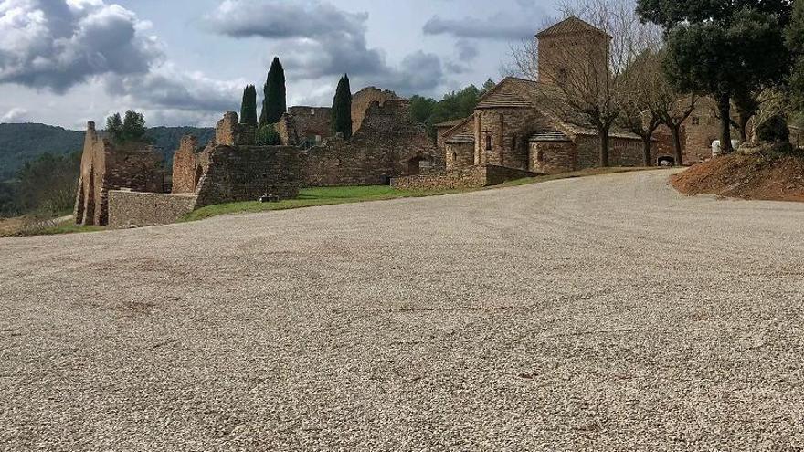 Castellnou condiciona el nucli històric exclusiu per a vianants