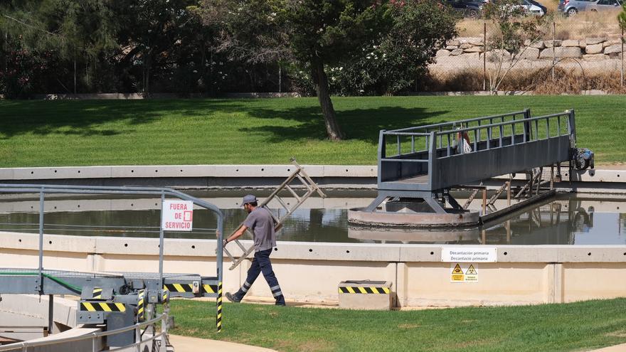 Generalitat, Labaqua y la Universidad de Alicante lideran un proyecto para mejorar la calidad del agua residual depurada