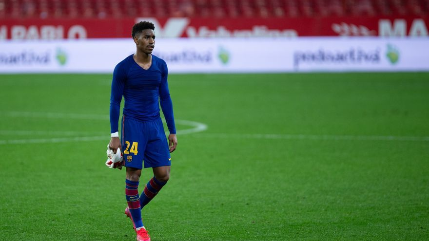 El Barcelona vende a Junior Firpo al Leeds United