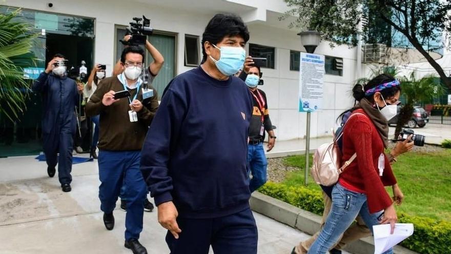 Evo Morales rep l'alta després de dotze dies ingressat per covid