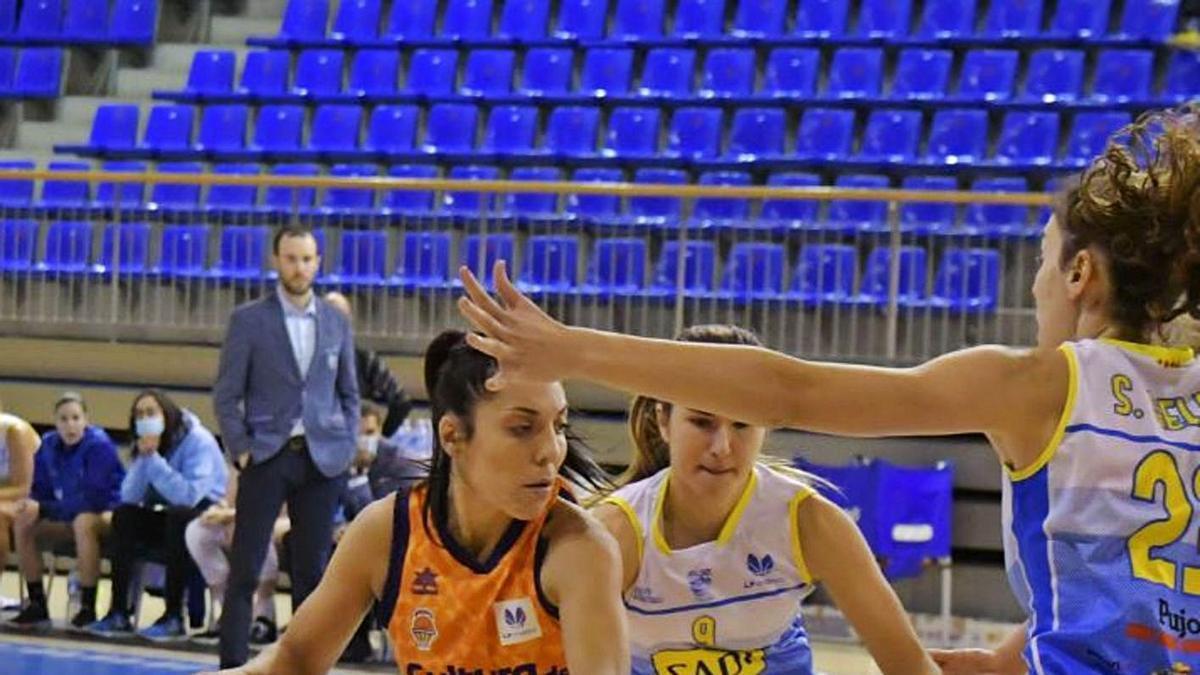 Partido ente Cadí  la Seu y Valencia Basket .  agustí peña