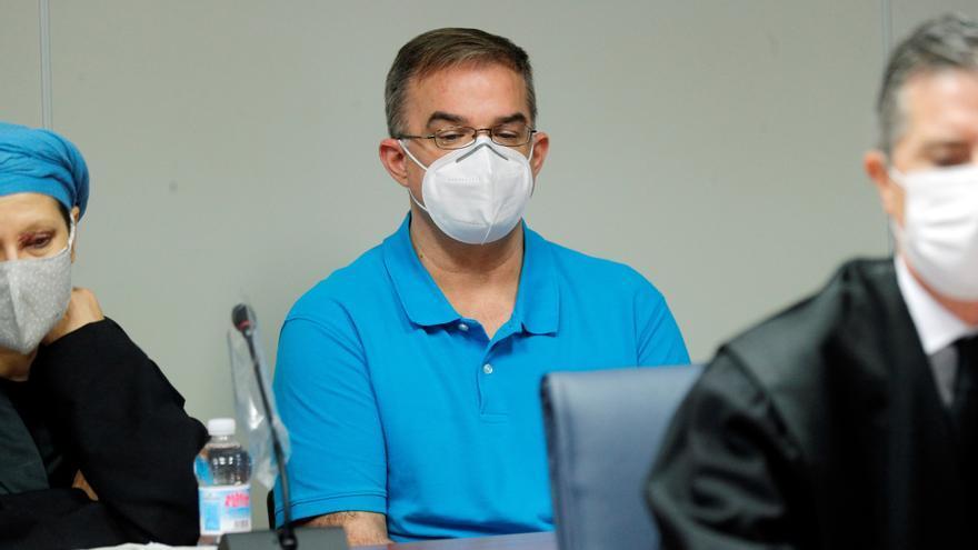 Antonio fue apuñalado por la espalda, dice un perito en el juicio contra Maje