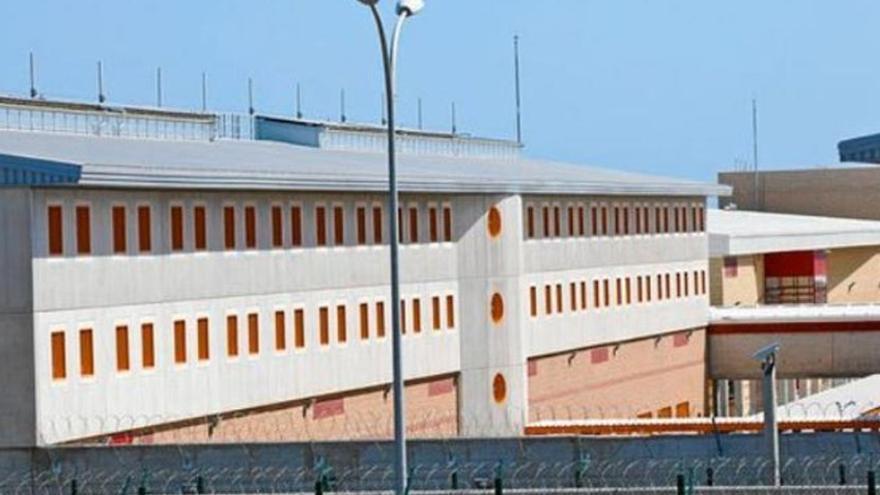 La prisión Las Palmas II registra un brote con 76 positivos de coronavirus