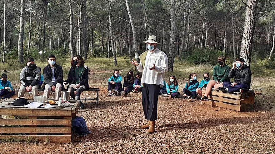 Las aulas se trasladan hasta el bosque