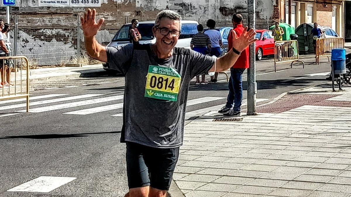 Celedonio Pérez corriendo la Media Maratón.