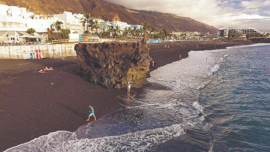 Reyes Maroto oferta La Palma para una reunión del G20 que reactive el turismo