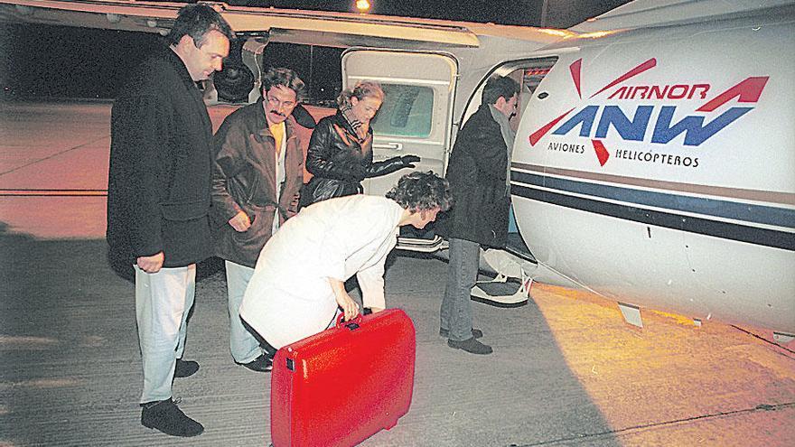 Llamazares alerta del  riesgo de que los aviones que transportan órganos para trasplantes aterricen a ciegas