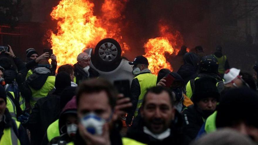 Francia desplegará 89.000 policías ante las protestas del sábado