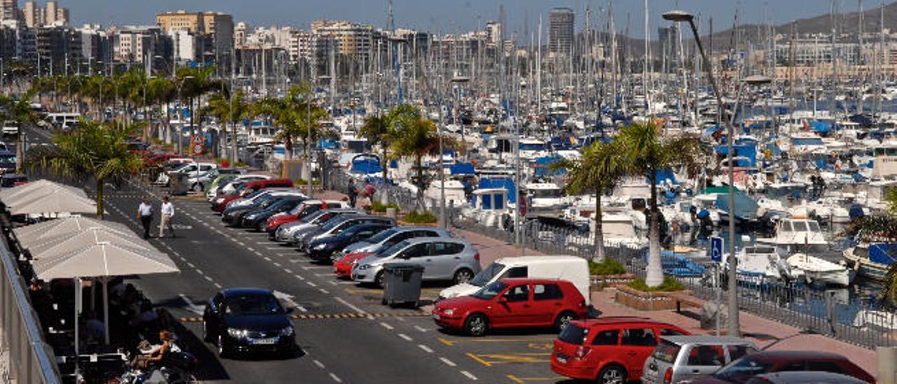 El Puerto saca a concurso la gestión del aparcamiento del Muelle Deportivo