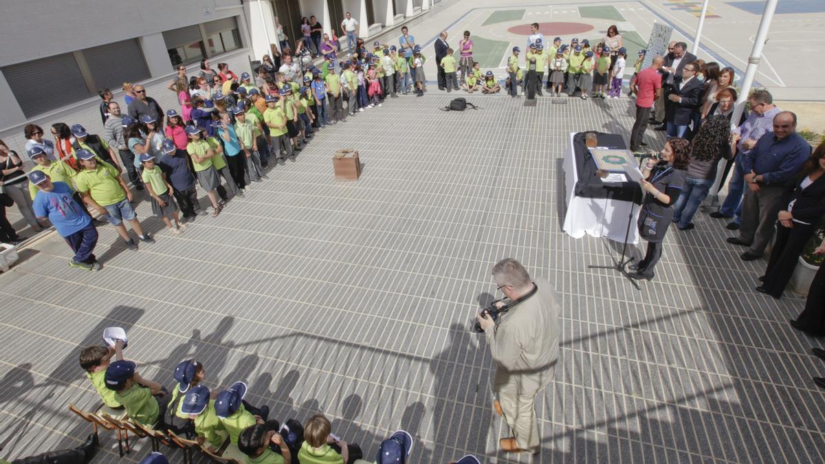 Retrospective activity at the Hurchillo school on the 20th anniversary of the Unesco School Network