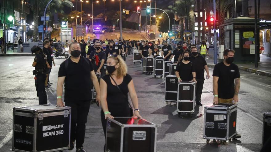 """El sector del espectáculo se moviliza en Alicante bajo el lema """"Alerta Roja"""""""