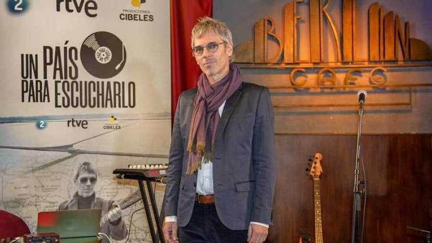 """Ariel Rot: """"Poder combinar música y viajes es un lujo y una fiesta"""""""